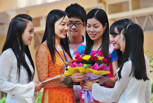 ĐBQH: Nhà trường cần có sự đồng hành của xã hội