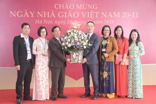 Viện Đào tạo Quốc tế thuộc Học viện Tài chính mít tinh kỷ niệm ngày Nhà giáo Việt Nam