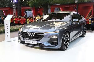 Chi tiết sedan hạng sang VinFast có giá bán từ 800 triệu đồng