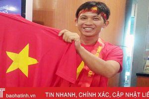 Hành trình đồng hành cùng ĐT Việt Nam của một CĐV đặc biệt quê Hà Tĩnh
