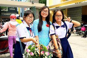 Xúc động những lời tri ân của học trò trong Ngày Nhà giáo Việt Nam