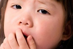 Dấu hiệu nhận biết và cách chăm sóc khi bé bị sởi