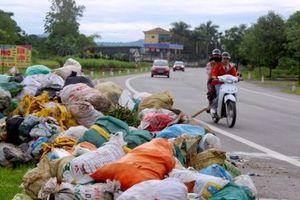 Nghệ An: Thiếu kinh phí thu gom rác thải