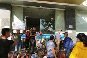Tiếp vụ bảo hiểm Bảo Việt chây ỳ đền bù: Ngư dân vào tận trụ sở đòi quyền lợi