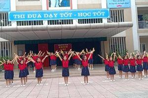 Trường Tiểu học Việt Hưng (Long Biên): Nhiều hoạt động kỉ niệm Ngày Nhà giáo Việt Nam