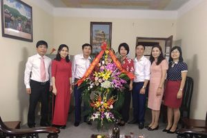 Công đoàn Xây dựng Việt Nam chúc mừng ngày Nhà giáo Việt Nam tại các trường thuộc ngành Xây dựng