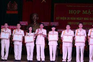 Khen thưởng 95 Nhà giáo CAND tiêu biểu nhân ngày 20-11