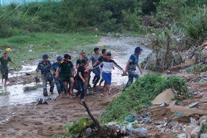 Mưa lũ lịch sử, sạt lở đất ở Nha Trang: Số người chết tăng lên 18 người