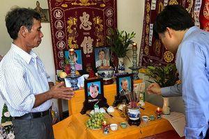 Bộ trưởng Giáo dục chia buồn sâu sắc với người thân thầy giáo tử nạn do mưa lũ ở Nha Trang
