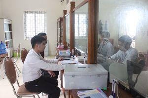 Xã Tiến Xuân, huyện Thạch Thất: Người dân chưa quen với dịch vụ công trực tuyến