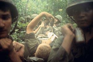 Cực độc: Chiến tranh Việt Nam qua ảnh phóng viên chiến trường Pháp