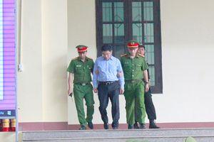 'Trùm' đường dây đánh bạc ngàn tỉ Nguyễn Văn Dương bị đề nghị 11-13 năm tù