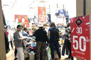 Nhộn nhịp Black Friday ở Việt Nam
