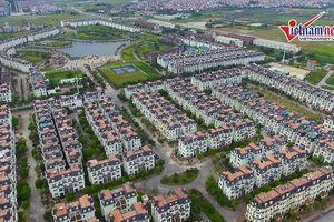 Biệt thự ở Hoài Đức 'đại hạ giá' vẫn bị bỏ hoang