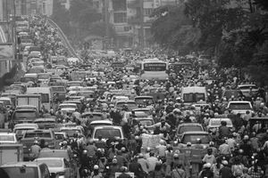 Gian nan câu chuyện hạn chế xe máy tại Việt Nam