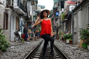 'Đường tàu' Hà Nội trở thành điểm đến hấp dẫn của khách du lịch