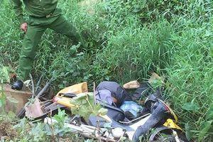Người đàn ông tử vong dưới cống nước, xe máy đè trúng đầu