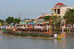 Trà Vinh: Tổ chức giải đua ghe Ngo truyền thống của đồng bào Khmer
