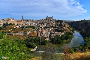 Những thành phố cổ kính mê hoặc du khách ở Tây Ban Nha