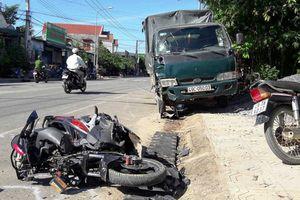 Xe tải gây tai nạn liên hoàn, người phụ nữ tử vong tại chỗ
