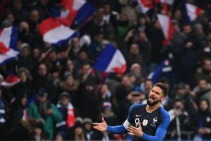Pháp 1-0 Uruguay: 'Chân gỗ' Giroud tỏa sáng