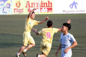 Phùng Khắc Khải san hòa kỷ lục ghi bàn tồn tại 16 năm