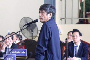Cựu thiếu tướng Nguyễn Thanh Hóa nhận tội, xin về chịu tang mẹ