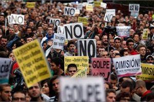 EU mở đường trừng phạt chưa từng có lên thành viên