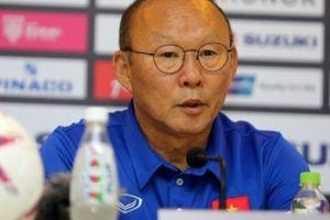 HLV Park Hang-seo khiếu nại, loại trọng tài Thái Lan khỏi AFF Cup 2018?