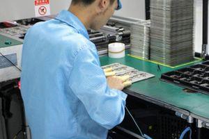 Lộ quy trình sản xuất smartphone R17 Pro, ra mắt 27/11