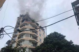 Cháy khách sạn 9 tầng ở phố Hàng Than, Hà Nội