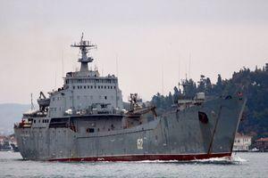 Tàu chiến Nga chở đầy vũ khí tiến về Syria, rộ tin sắp tấn công chảo lửa Idlib