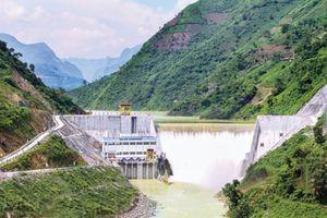 Đầu tư thủy điện để phát triển bền vững