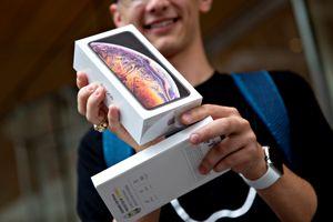 Foxconn tính hạ chi tiêu 2,9 tỉ USD, thổi thêm tin đồn iPhone ế ẩm