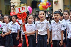 Hà Nội: Nhiều lớp sĩ số lên tới trên 60 học sinh