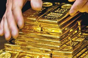 Vàng trong nước giảm nhưng vẫn cao hơn giá thế giới