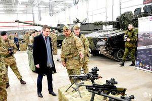 Anh sắp tăng số lượng đặc nhiệm, tàu chiến tới Ukraine đối phó với Nga?