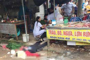 Nghi phạm bắn chết người phụ nữ bán đậu giữa chợ đã tử vong