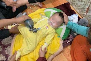 Bố mẹ đau đớn kể lại phút bé trai 4 tháng ở Hà Nội tử vong do ngủ bị đè