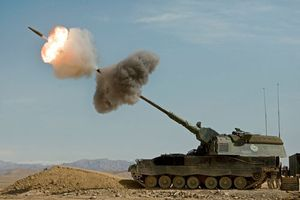 Clip: Sức mạnh đáng nể của pháo binh PzH 2000, giá 4,5 triệu USD