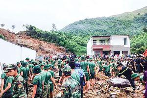 Nha Trang hoang tàn sau trận mưa khủng
