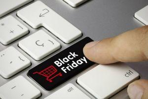 Sợ 'đổ máu', người dân Mỹ chọn mua sắm trực tuyến dịp Black Friday