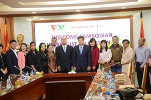 VOV tiếp đoàn nhà báo Campuchia