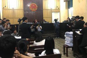 Phiên xét xử thứ năm vụ kiện giữa Vinasun và Grab tiếp tục gay cấn