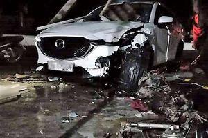 Ôtô của Phó phòng Tài nguyên đâm xe máy, 1 người chết