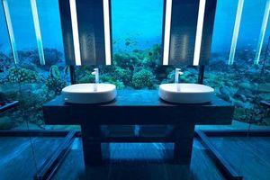 Khách sạn dưới nước đầu tiên trên thế giới ở Maldives