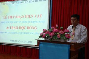 Tiếp nhận hơn 300 hiện vật để sinh viên văn hóa thực hành