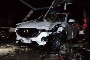 Xe ôtô cá nhân do cán bộ huyện điều khiển gây tai nạn chết người