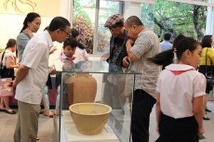 Trưng bày gần 200 hiện vật, ảnh về gốm, tháp Champa Nam Trung Bộ