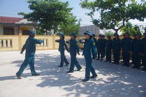 Những nữ dân quân 'hai giỏi' ở Thuận Đức